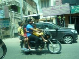 インド バイク