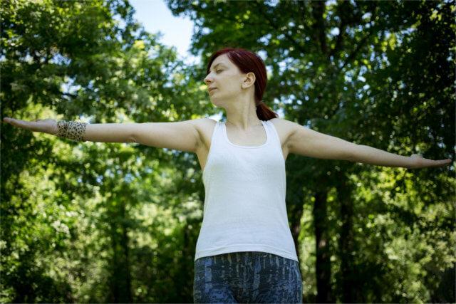 瞑想・ヨガで得られる心と体を健康に導く効果
